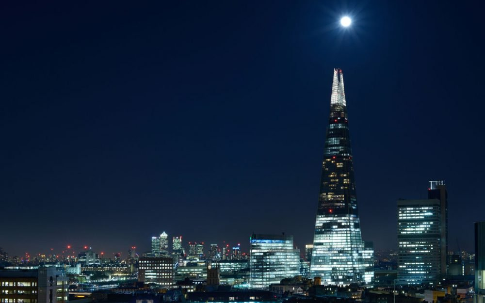 Twilight Photographer Shard